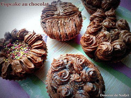 cupcakes aux chocolat ganache au chocolat noir paperblog. Black Bedroom Furniture Sets. Home Design Ideas