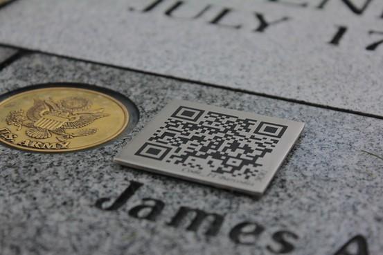 Code QR pierre tombale Les codes QR sur pierres tombales