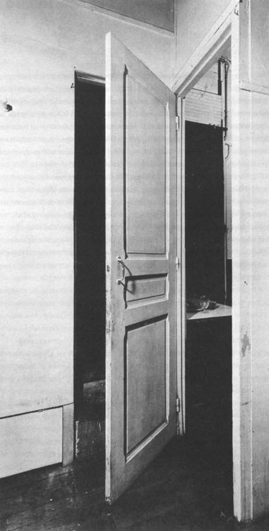 Marcel Duchamp, Porte, 11, Rue Larrey, 1927