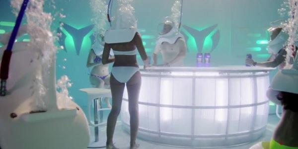 Une discothèque sous l'eau ?