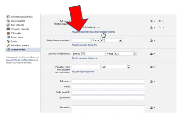 Facebook change votre e-mail par une adresse en @facebook.com !