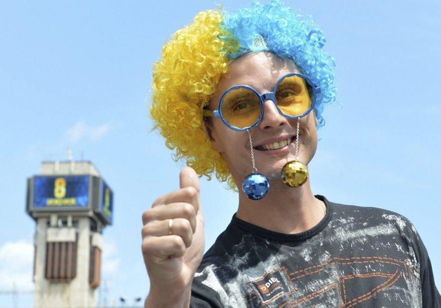 509483 fan suedois plein euro 2012 Euro de football 2012 | Au delà des matchs #5 : Supporters de l'Euro