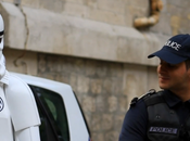 Insolite Trooper perdu dans Paris