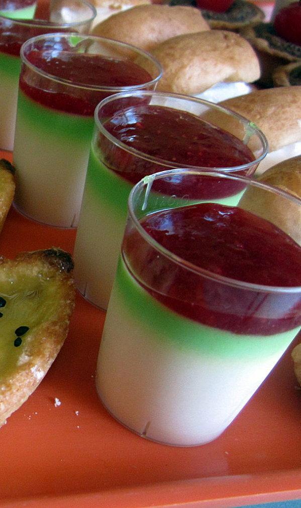 pannacotta-fraise-basilic.jpg