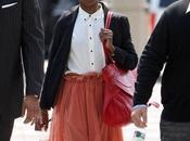 L'image Lauryn Hill jugée coupable pour avoir payés impots