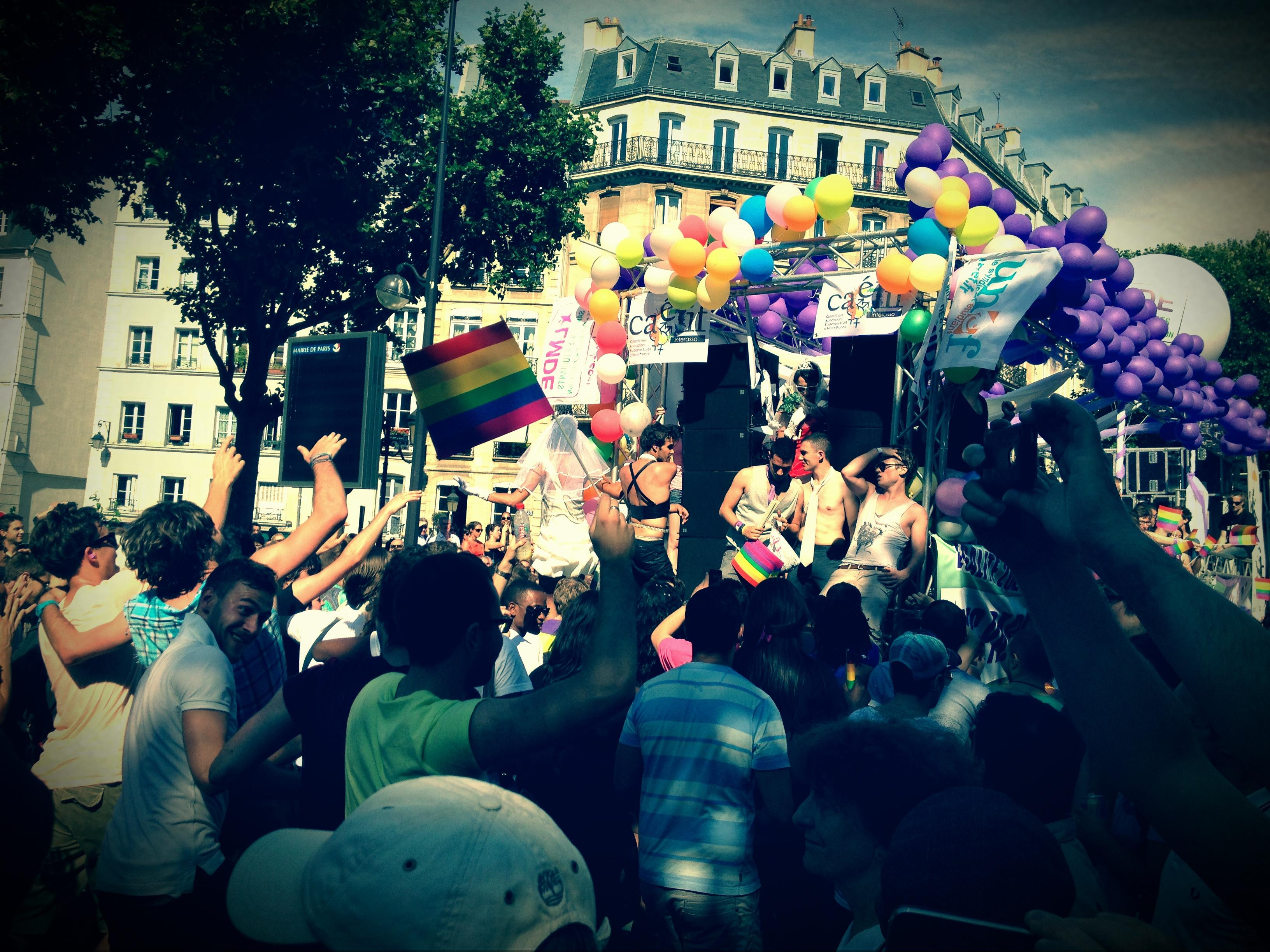 La Gay Pride Paris 2012 en direct
