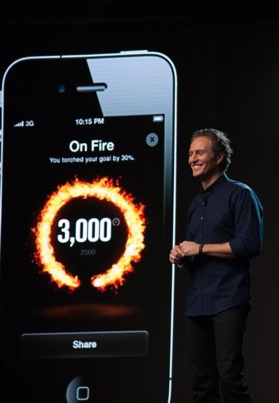 Image nike plus fuelband iphone 550x794   Nike+ FuelBand ICE