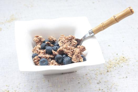 Super granola : banane, chanvre et mulberries