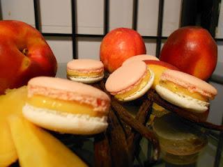 Macarons vanille et pêche