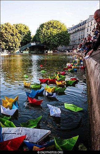 lacher-bateau-papier-paris-0005