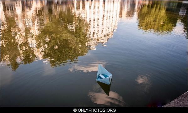 lacher-bateau-papier-paris-0009