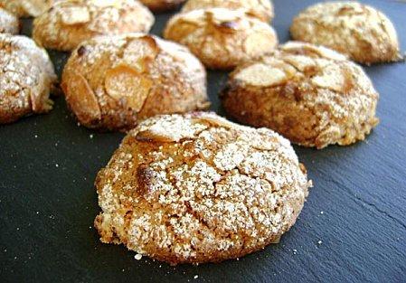 Petits-Biscuits-aux-Amandes.JPG