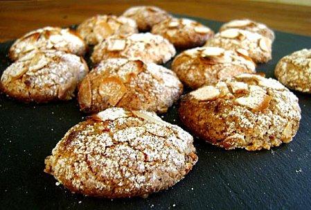 Petits-Biscuits-aux-Amandes-2.JPG