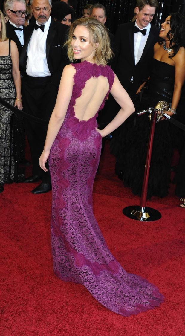 People : qui porte le mieux la robe en dentelle ?