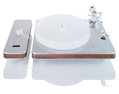 trois tourne disques ultra design d couvrir. Black Bedroom Furniture Sets. Home Design Ideas
