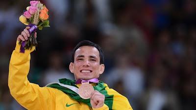 JO 2012 : Un judoka casse sa médaille olympique