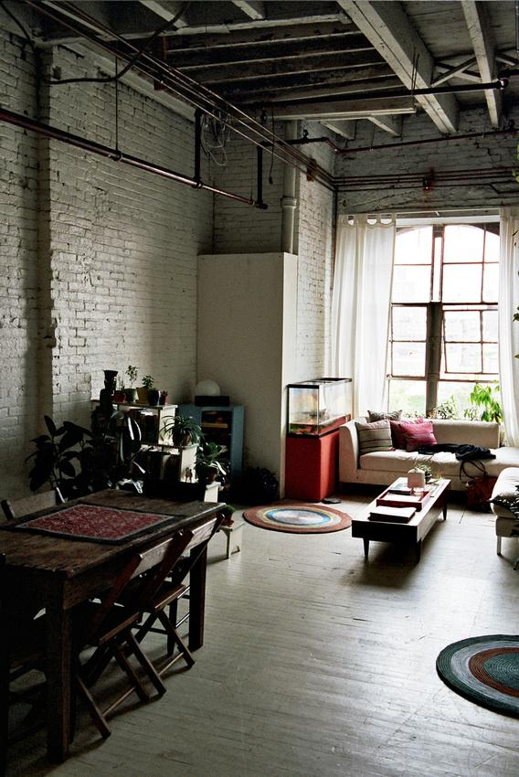 Saturday tours un loft atelier brooklyn voir for Loft new york affitto