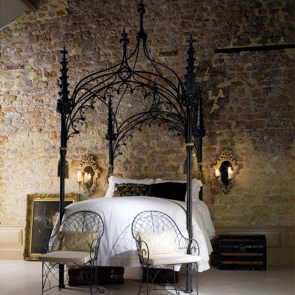 lit baldaquin baroque voir. Black Bedroom Furniture Sets. Home Design Ideas