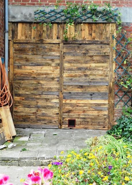 R cup rer du bois de palettes pour faire une porte d couvrir - Faire une porte en bois ...
