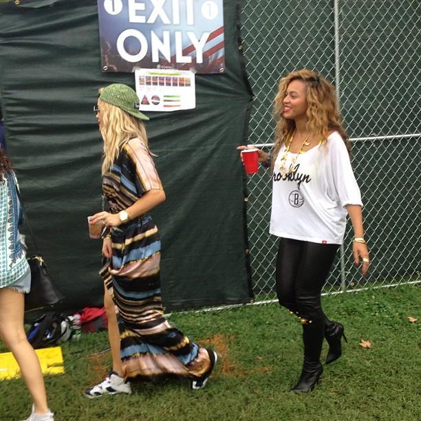 Rita Ora préfère être comparé à Beyonce qu'à Rihanna !