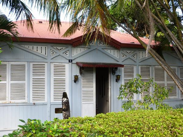 Architecture coloniale en nouvelle cal donie volet 2 for Maison coloniale en bois