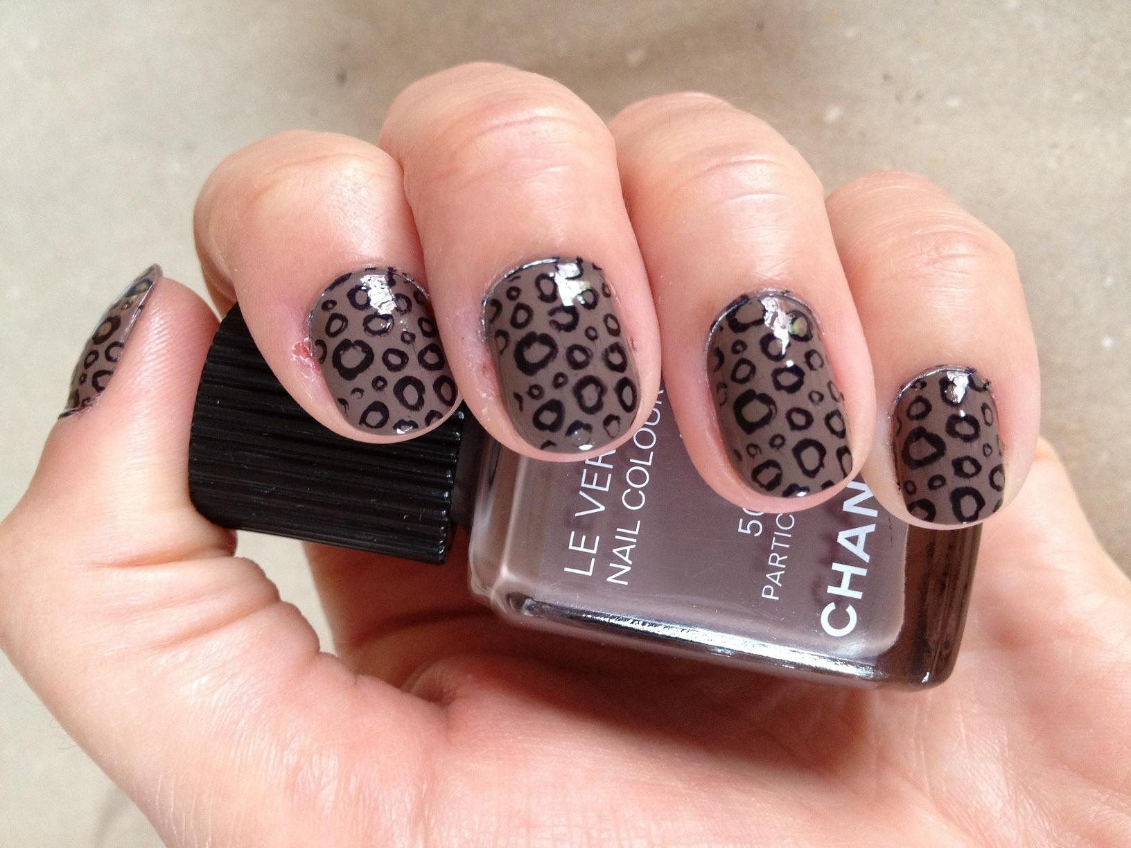 Nail art #2 – Léo stamping! - Paperblog