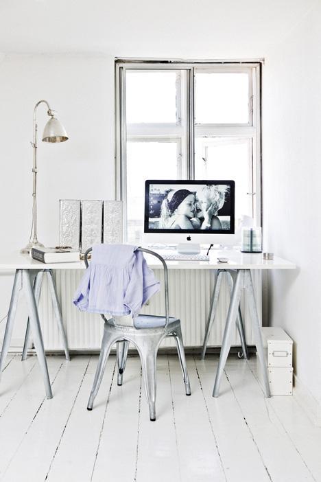 un coin bureau romantique l tat brut paperblog. Black Bedroom Furniture Sets. Home Design Ideas