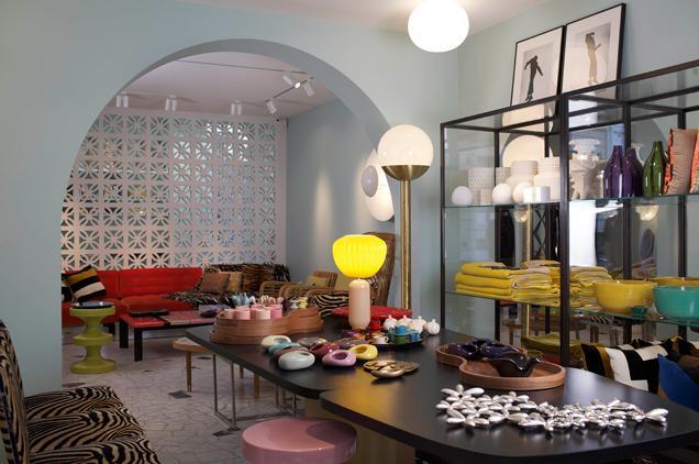 zoom sur india mahdavi paperblog. Black Bedroom Furniture Sets. Home Design Ideas