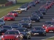 Ferrari réunies Silverstone nouveau record