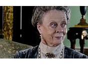 revues Downton Abbey font presque autant rire répliques Violet, c'est dire.