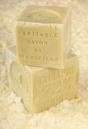 Faire de la lessive au savon de marseille paperblog - Comment fabriquer sa lessive ...