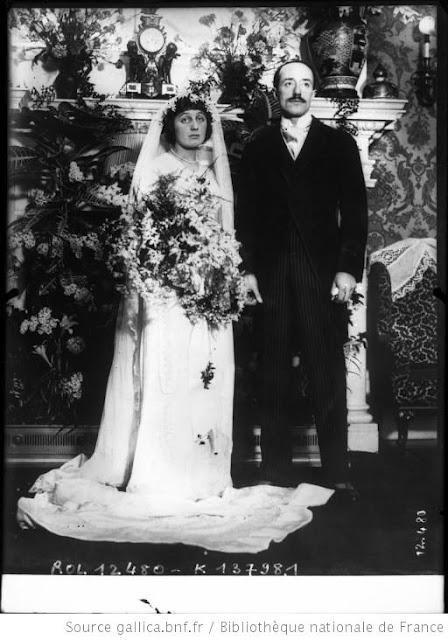 Exceptionnel ROBE de MARIAGE 1940 - Un Certain regard. OG56