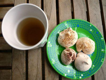 Dans ma cuisine des meringues noisettes amandes et cacao paperblog - Recette meringue pour les nuls ...