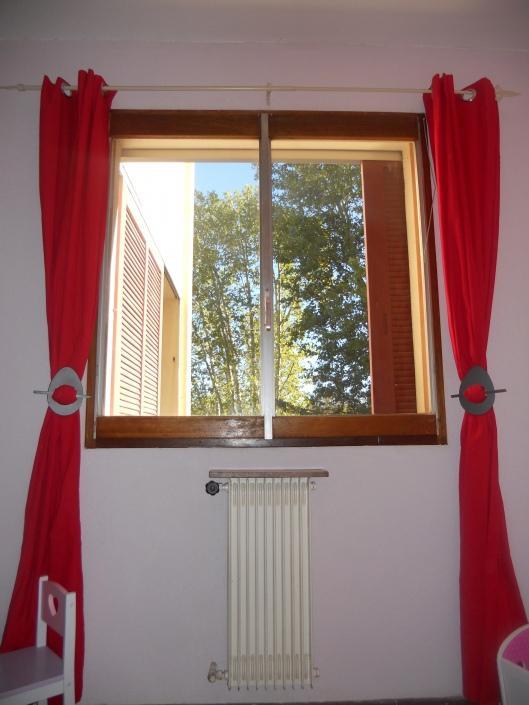 Petites tringles a rideaux 28 images fr tringle rideau for Poser une tringle a rideaux