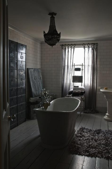 en mood boyfriend la salle de bain version. Black Bedroom Furniture Sets. Home Design Ideas