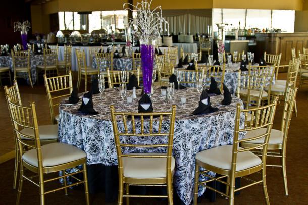 Decoration de mariage violette baroque paperblog - Deco mariage baroque chic ...