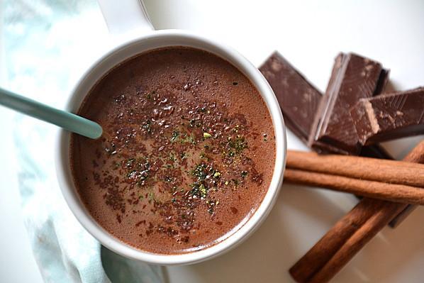chocolat chaud maison au th noir matcha paperblog. Black Bedroom Furniture Sets. Home Design Ideas