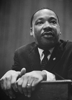 250px-martin-luther-king-1964-leaning-on-a-lectern.1207295951.jpg