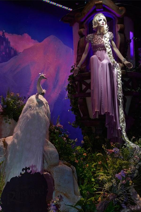 Les robes des Princesses Disney version haute couture chez Harrods