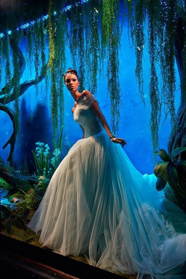 Les robes des Princesses Disney version haute couture chez Harrods