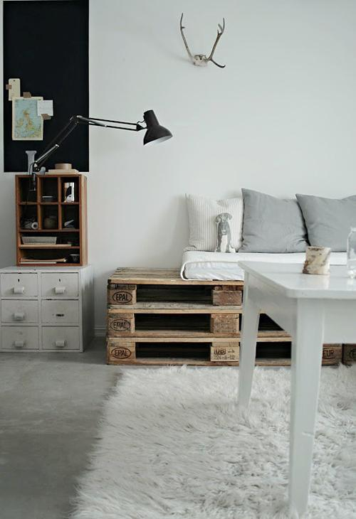 diy fabriquer vos meubles en palette paperblog. Black Bedroom Furniture Sets. Home Design Ideas