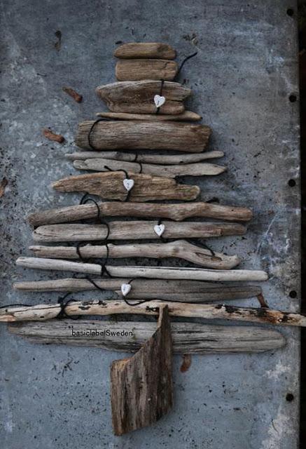 fabriquer votre sapin de no l en bois recycl diy. Black Bedroom Furniture Sets. Home Design Ideas