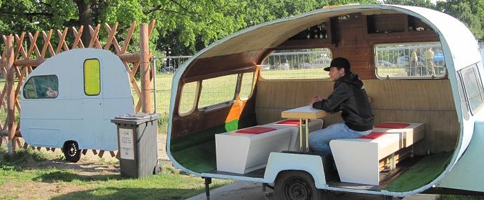 habiter dans une roulotte berlinoise paperblog. Black Bedroom Furniture Sets. Home Design Ideas