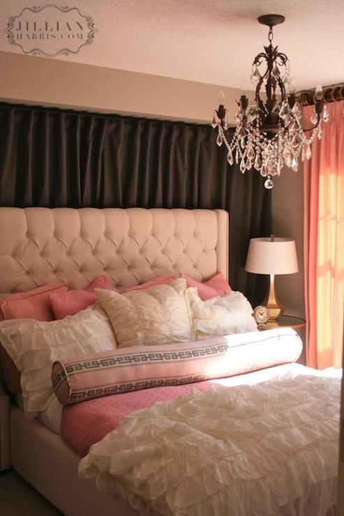 Chambre rose chamallow  À Voir