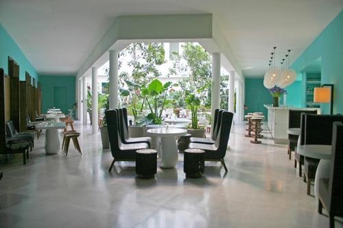 les conseils et bonnes adresses d co d 39 india mahdavi pour votre home voir. Black Bedroom Furniture Sets. Home Design Ideas