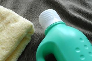 Trucs maison l assouplisseur pour la lessive paperblog for Assouplisseur maison