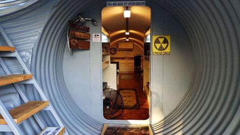 Un bunker de luxe pour la fin du monde lire - Construire abri anti atomique ...