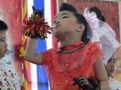 Thaïlande, quand l'école fait show, minutes