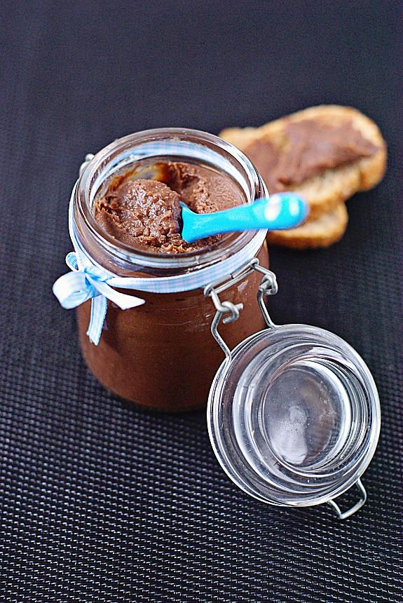 P te tartiner maison au chocolat et aux noisettes paperblog - Pate a tartiner maison sans lait concentre ...