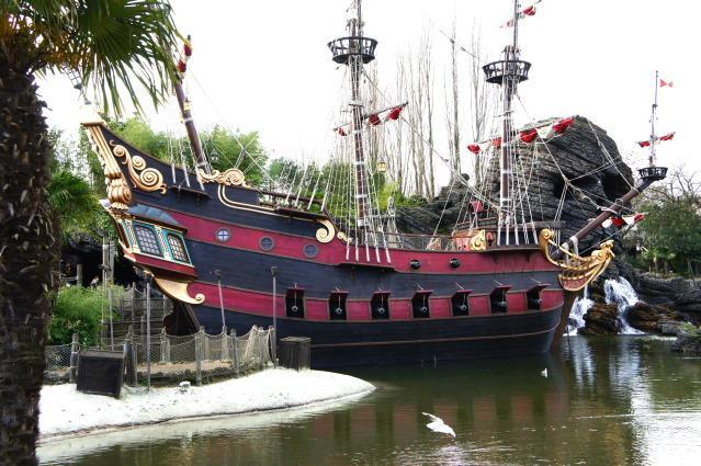La magie disneyland paris paperblog - Bateau jack et les pirates ...